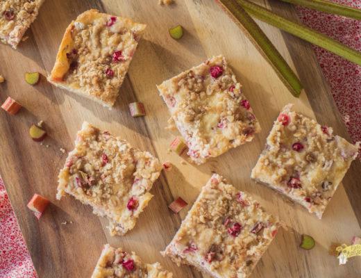 Rhubarb Cheesecake Bars-1