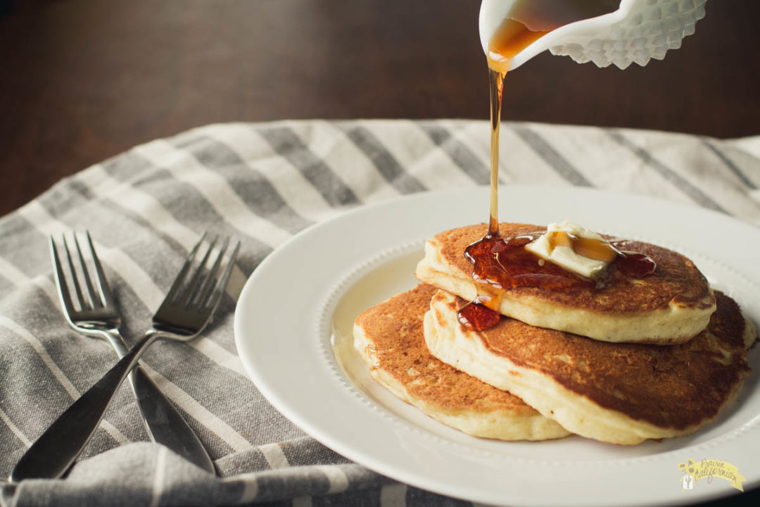 Five Ingredient Buttermilk Pancakes-1