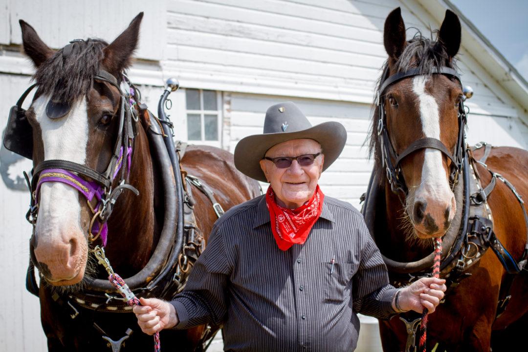 grandpa-claude-horses-4